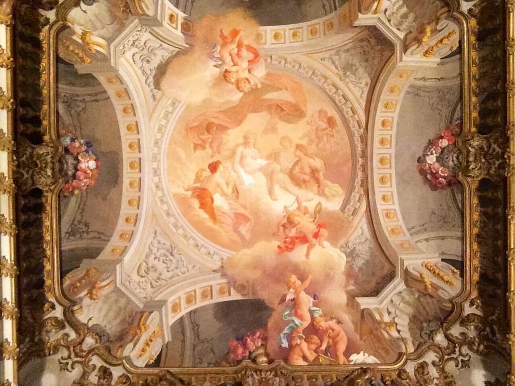 The Toilette of Venus, painting by Francesco Gai, ceiling of Brancaccio princes' alcove room, Museo Nazionale d'Arte Orientale