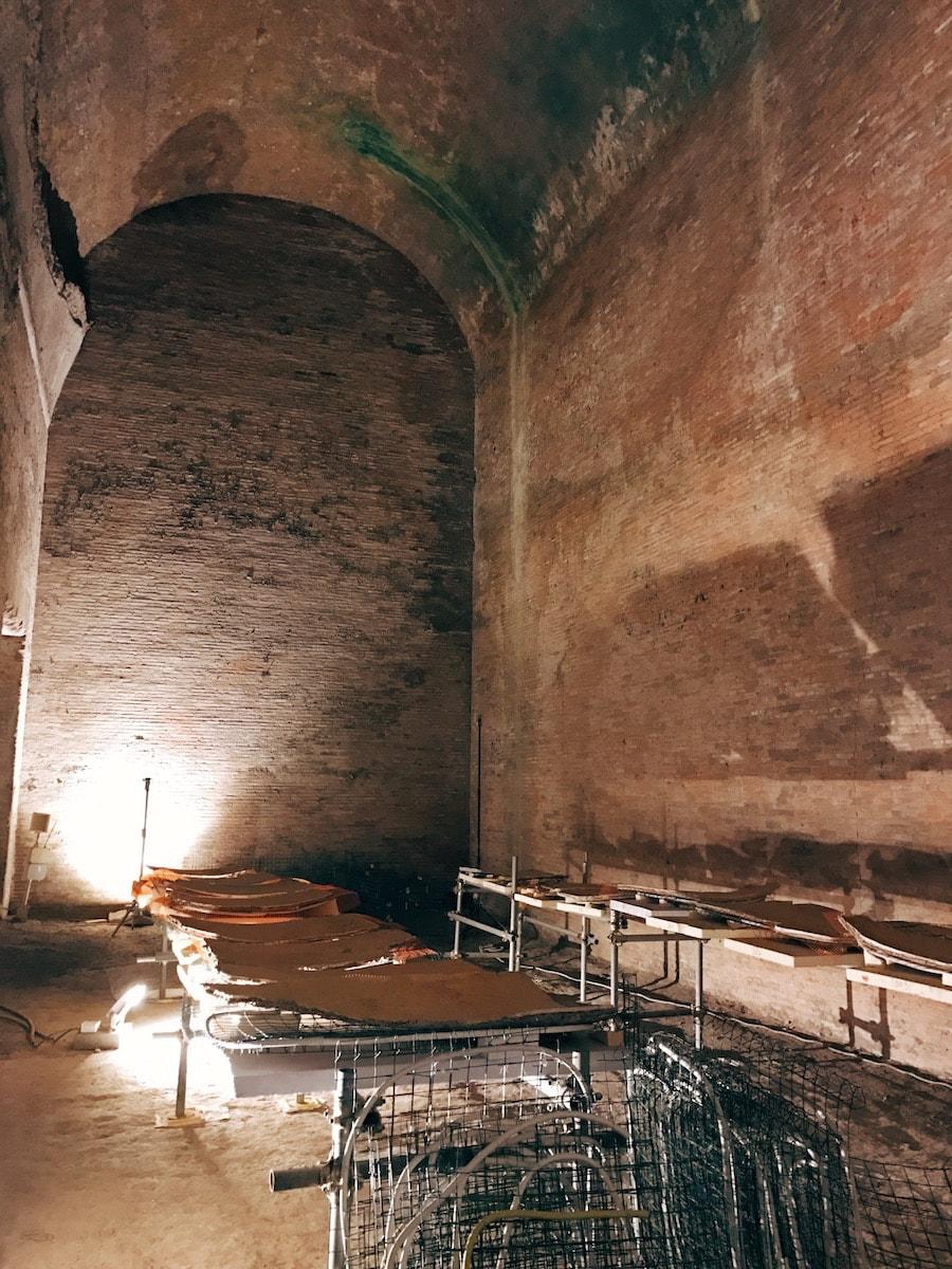 domus aurea rotating banquet