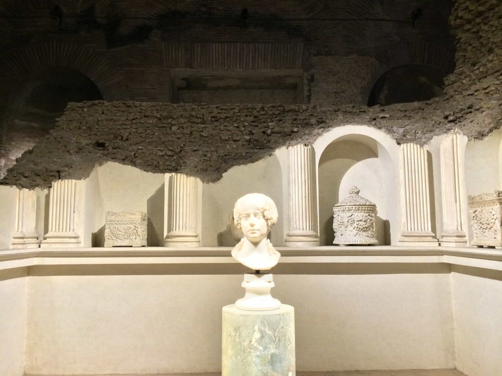 The so-called Sepulchre of the Platorinii, rebuilt by Roberto Paribeni on the occasion of the important archeological exhibition in 1911, Aula X, Museo Nazionale Romano alle Terme di Diocleziano.