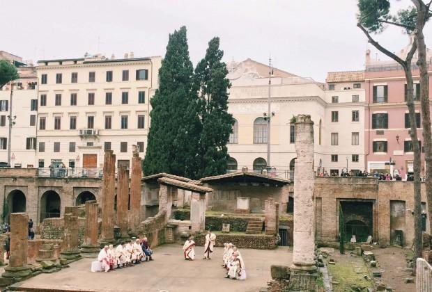 Historical re-enactment of Caesar's assassination at the Area Sacra di Largo di Torre Argentina, Rome