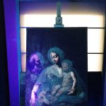 The diagnostic analysis of a painting through the UV lamp, which allows to recognize previous restoration interventions