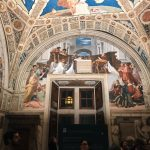 Raffaello Sanzio and helpers, The Mass at Bolsena, Stanza di Eliodoro, fresco painting, ca. 1512, Vatican Museums